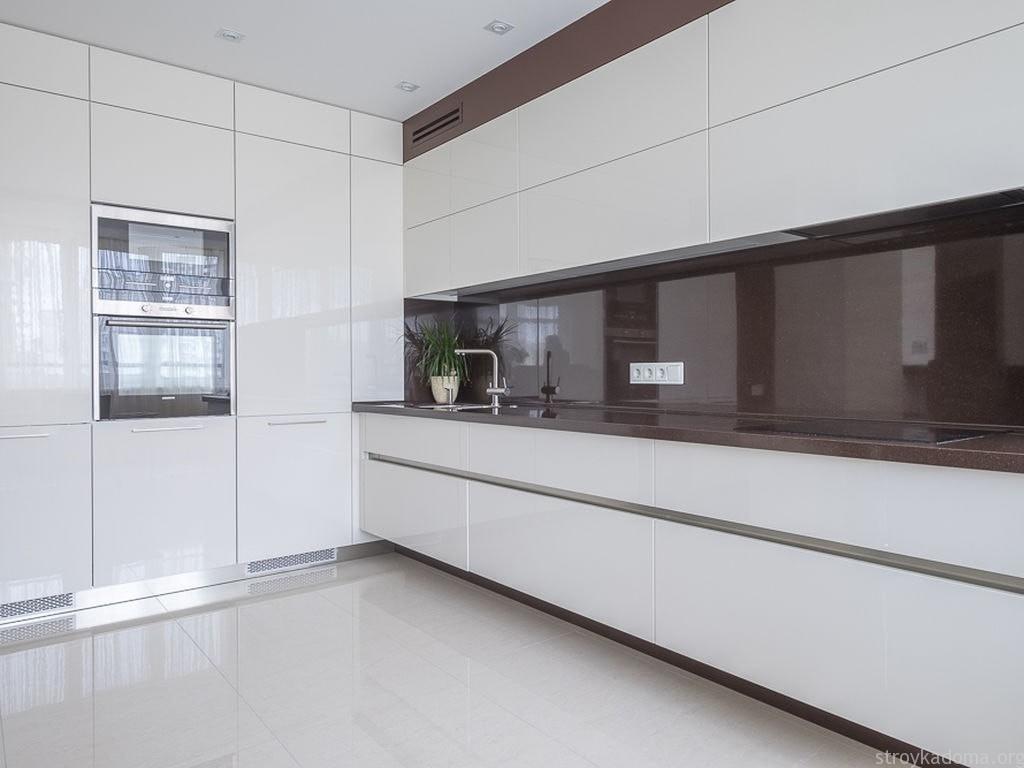 стеновые панели для белой кухни