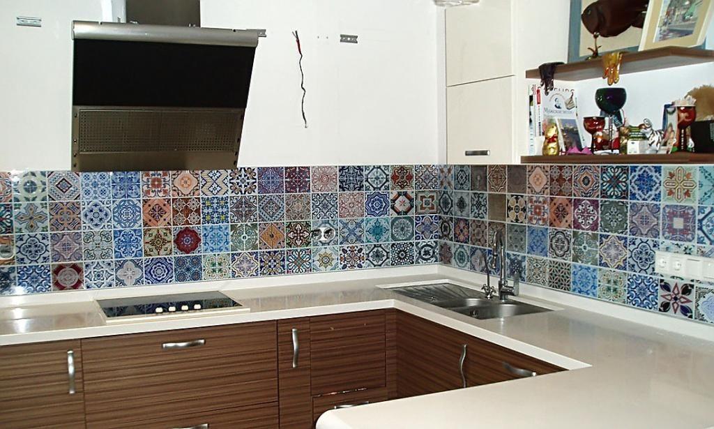 Стеклянный фартук для кухни в Казани