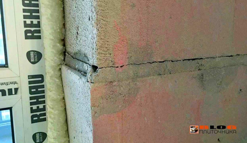 Вопрос к застройщикам: Зачем штукатурить стены заранее зная, что покупателям квартир всё это придётся демонтировать?