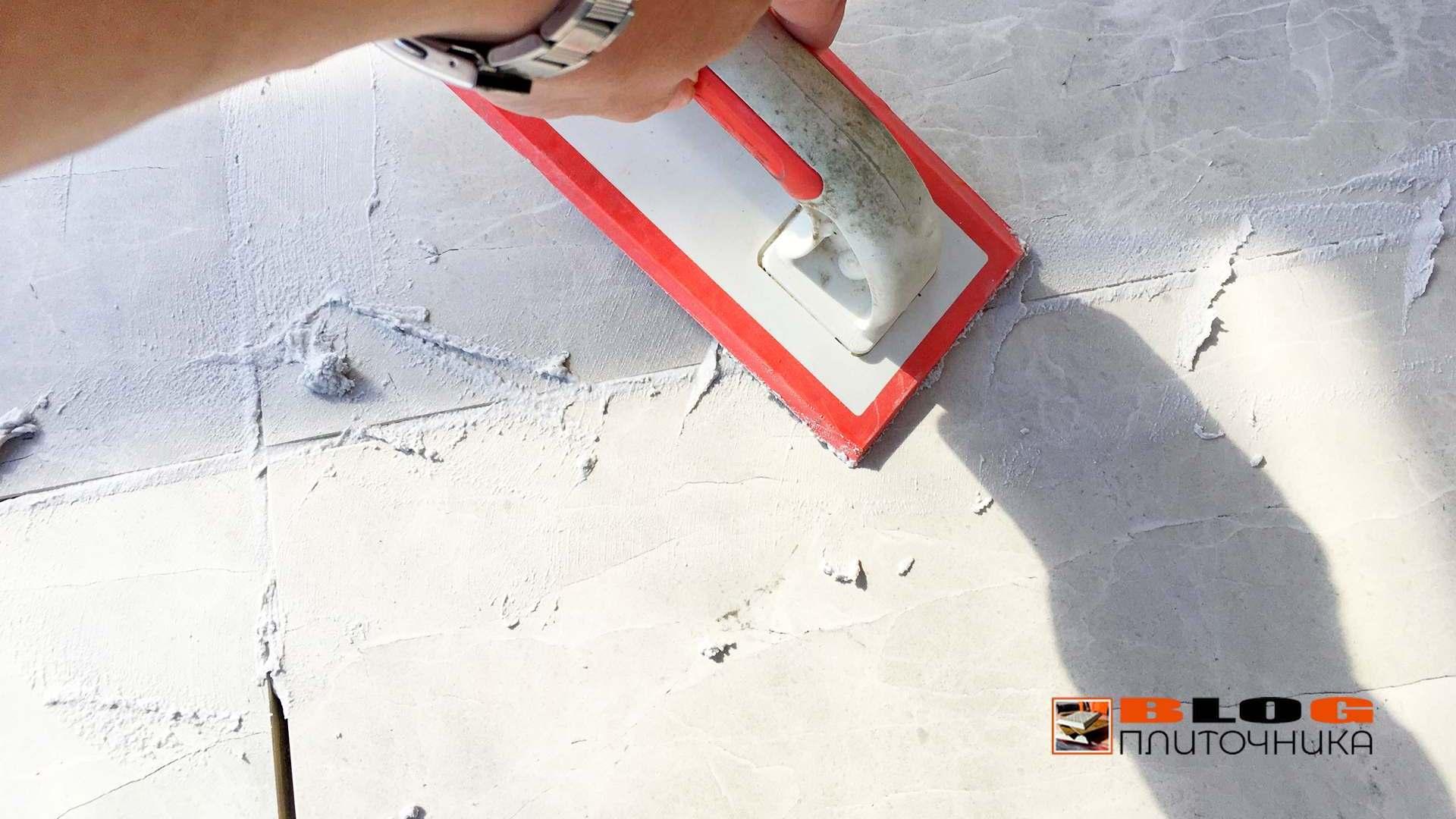 полимерная затирка швов под разными углами заполенение процесс фуговка швов керамогранита шов 4 мм блог плиточникаj 2